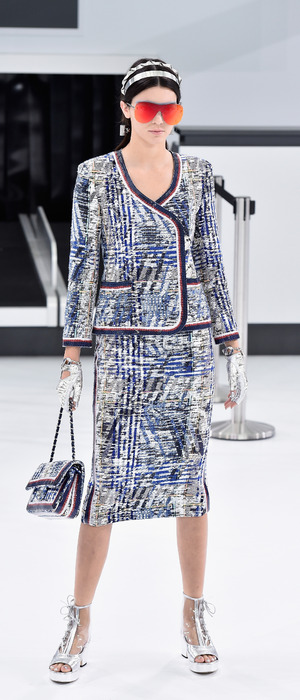 Kendall Jenner walks for Chanel at Paris Fashion Week, 6th October 2015