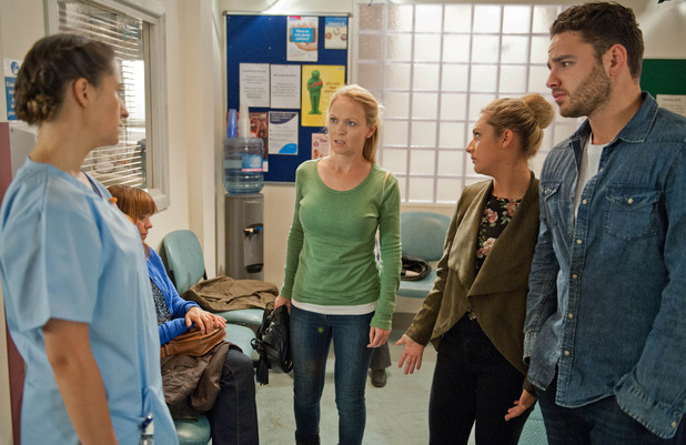 Emmerdale, Vanessa struggles over Johnny, Tue 6 Oct