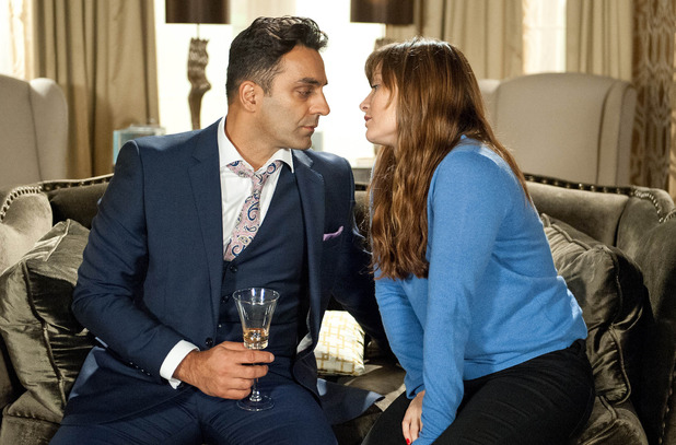 Emmerdale, Chrissie kisses Rakesh, Tue 13 Oct
