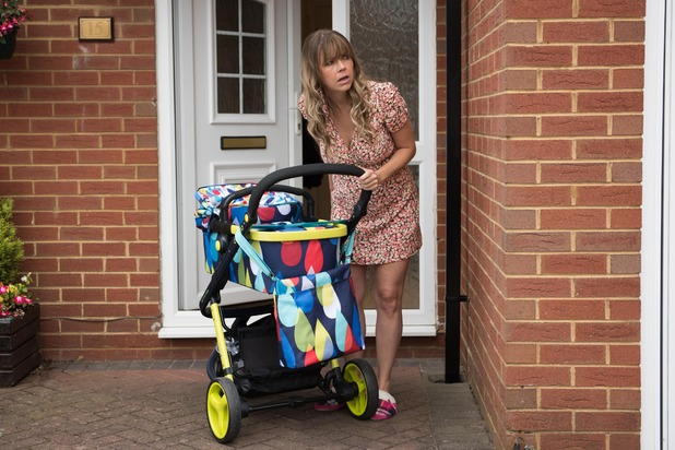 Hollyoaks, Peri leaves her baby with Angela, Wed 7 Oct