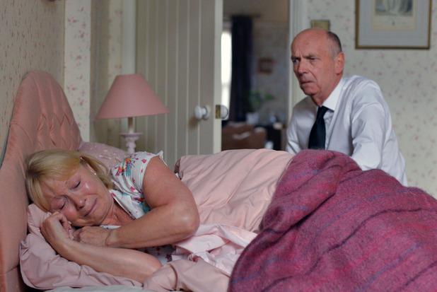 EastEnders, Pam upset over her son's death, Mon 12 Oct