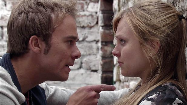 Corrie, David threatens Sarah, Mon 19 Oct