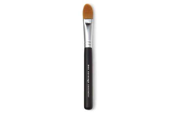 bareMinerals Maximum Coverage Concealer Brush £14, 15th October 2015