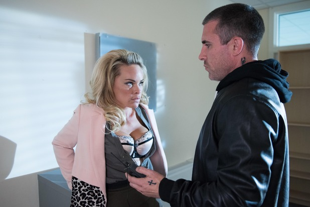 Hollyoaks, Trevor catches Grace with the police wire, Fri 23 Oct