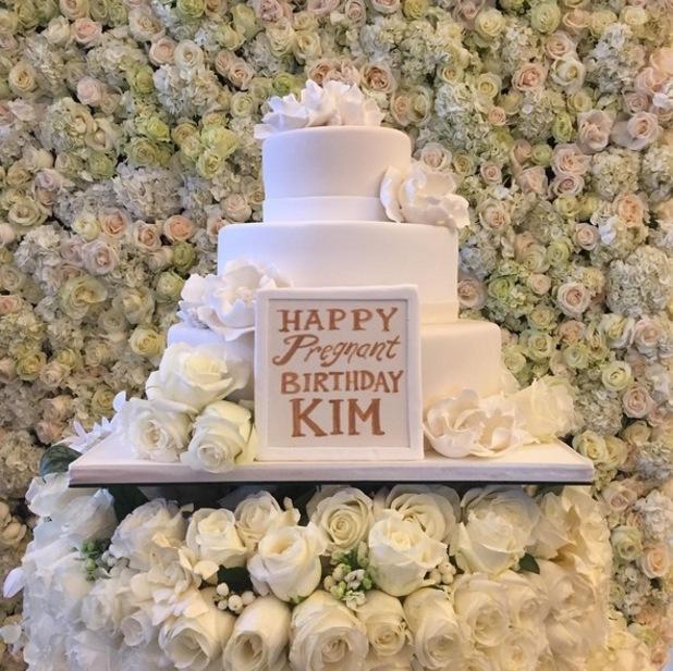 Kim Kardashian's birthday cake 21 October