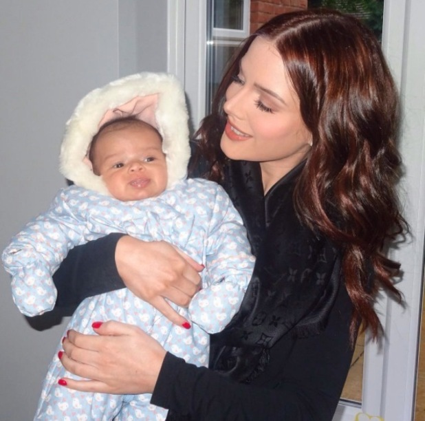 Helen Flanagan poses for picture with baby Matilda, 29th October 2015
