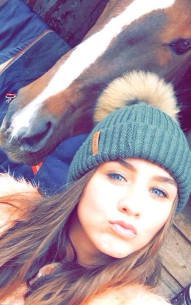 Brooke Vincent blog - horse visit. 29 October 2015.