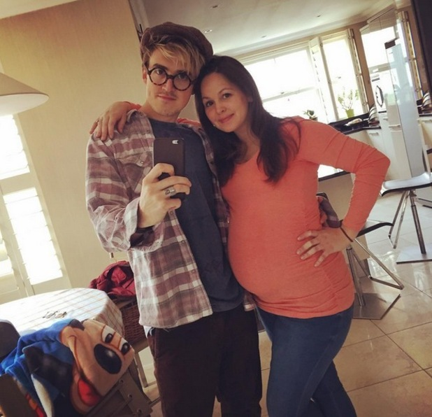 Tom Fletcher and wife Giovanna take a selfie 1 November