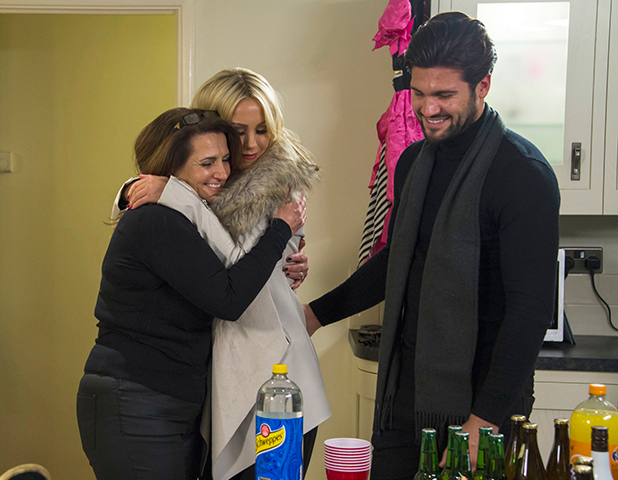'The Only Way is Essex' cast filming, Britain - 01 Nov 2015 Wendy Edgar, Kate Wright and Dan Edgar