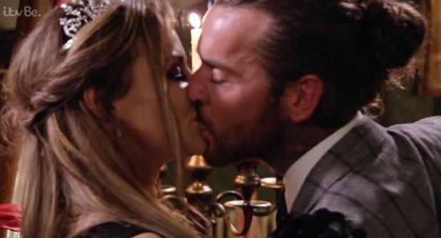 TOWIE series finale: Jessica Wright and Pete Wicks sort out their differences and kiss. 11 November 2015.