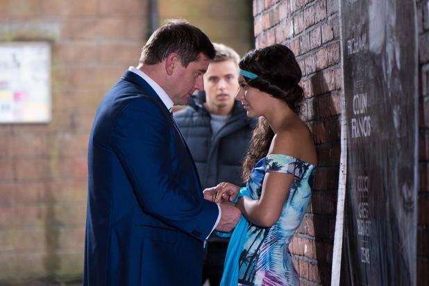 Hollyoaks, Harry catches Pete and Cleo, Tue 17 Nov