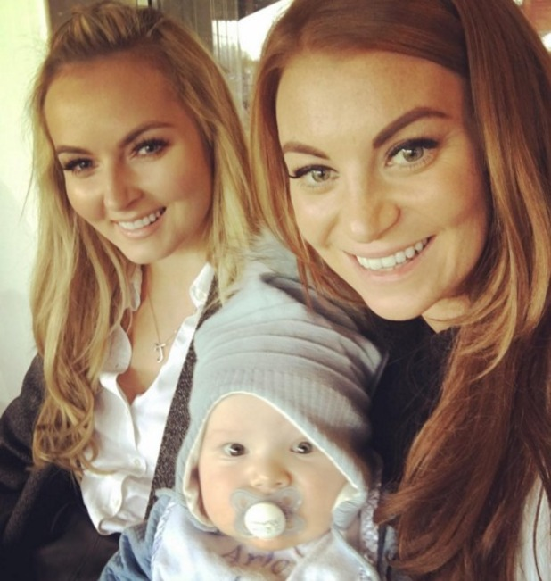 Billie Mucklow poses with her son Arlo and make-up artist Jess Unsworth, 7 November 2015