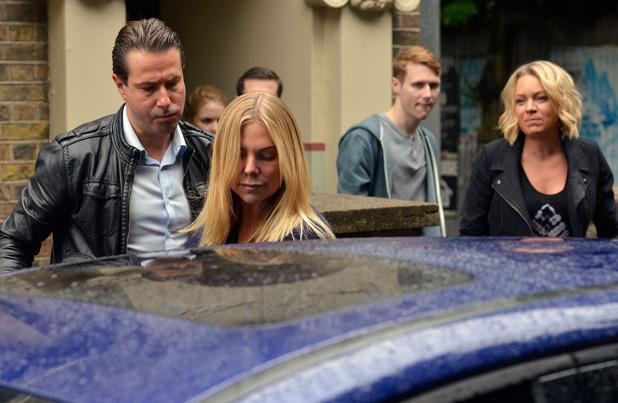 EastEnders, Ronnie is arrested, Mon 23 Nov