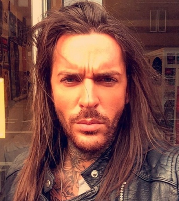 Pete wicks straightens his locks quot look at the state of my barnet