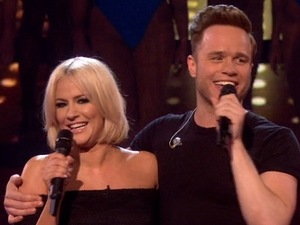 Simon Cowell bans Olly Murs and Caroline Flack from their phones