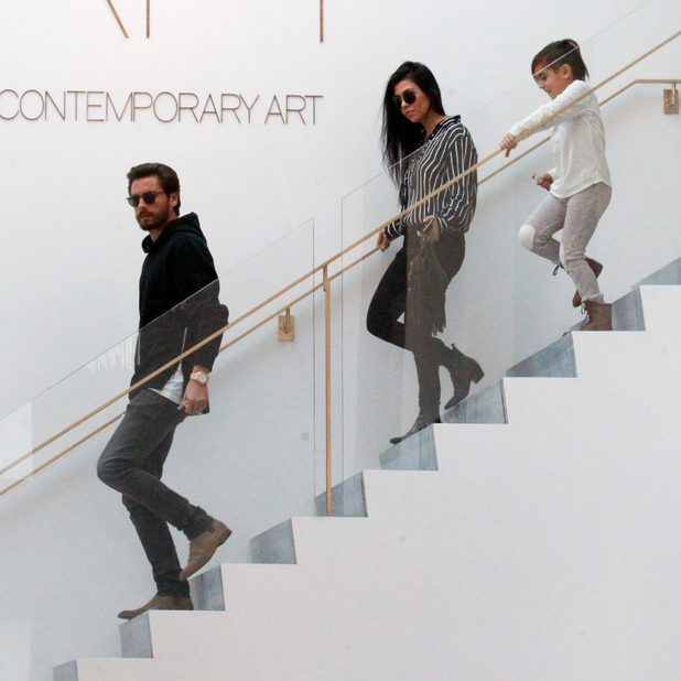 Kourtney Kardashian and Scott Disick take their son Mason to RH Contemporary Art in Beverly Hills after spending Thanksgiving together, 27 November 2015.