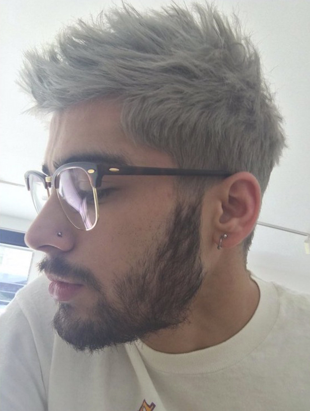 Zayn Malik posts picture of himself wearing glasses - are they Gigi Hadid's? 26 Nov 2015