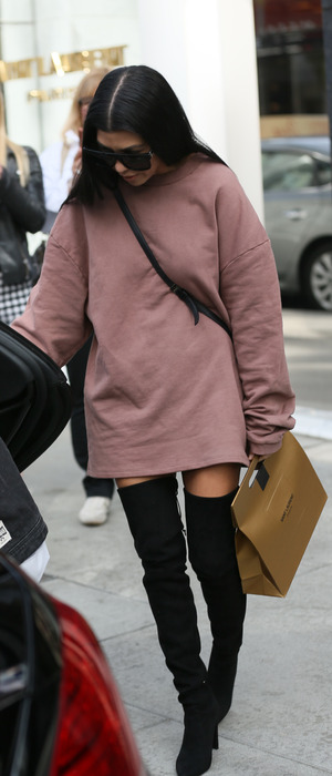 Kourtney Kardashian spotted shopping in Yves Saint Laurent on Rodeo Drive, Los Angeles, 1st Deember 2015