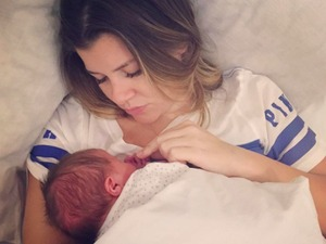 Imogen Thomas shares pictures of daughter Siera, 12 December 2015.