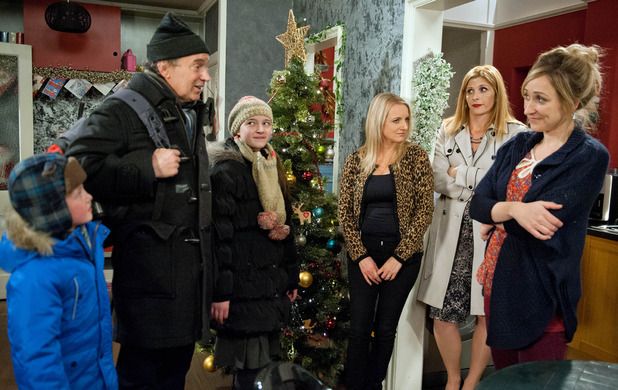 Emmerdale, Laurel loves Ashley, Tue 15 Dec