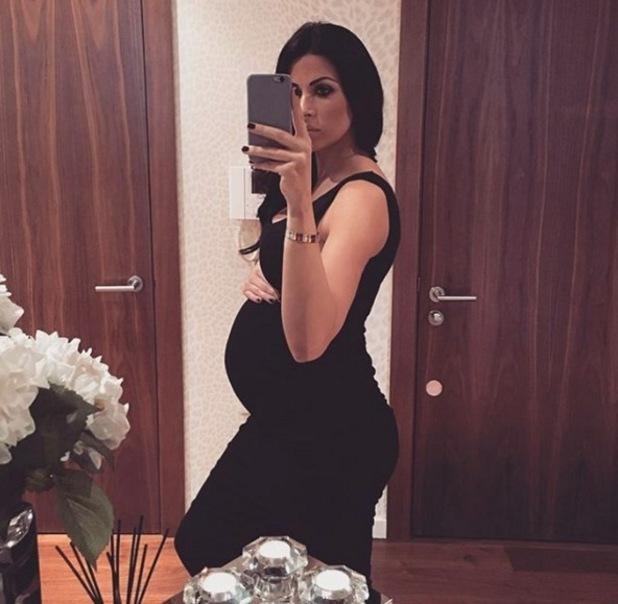Cara Kilbey shares baby bump update at 31 weeks 7 December