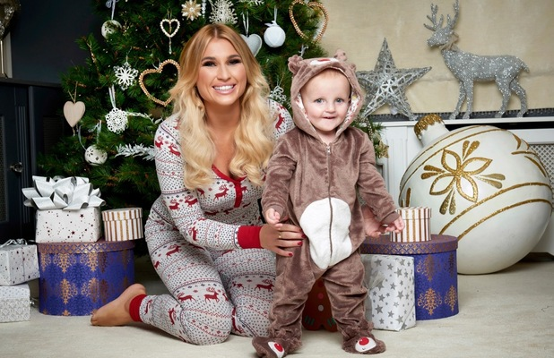 Billie Faiers and Nelly shoot, Christmas 2015, Essex