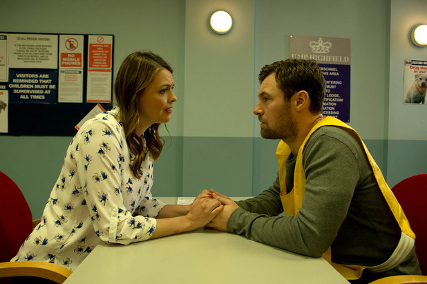 Corrie, Tracy visits Rob, Mon 21 Dec