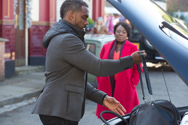 EastEnders, Vincent packs to leave, Thu 17 Dec