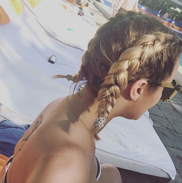 Caroline Flack shows off fabulous braids (by Lou Teasdale) while in Miami on holiday, 31 December 2015