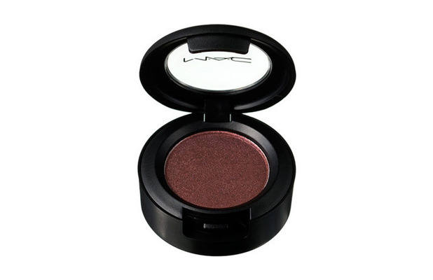 M.A.C Eye Shadow in Antiqued £13, 6th January 2016