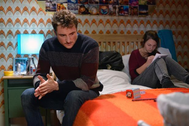 EastEnders, Martin helps Stacey, Tue 12 Jan