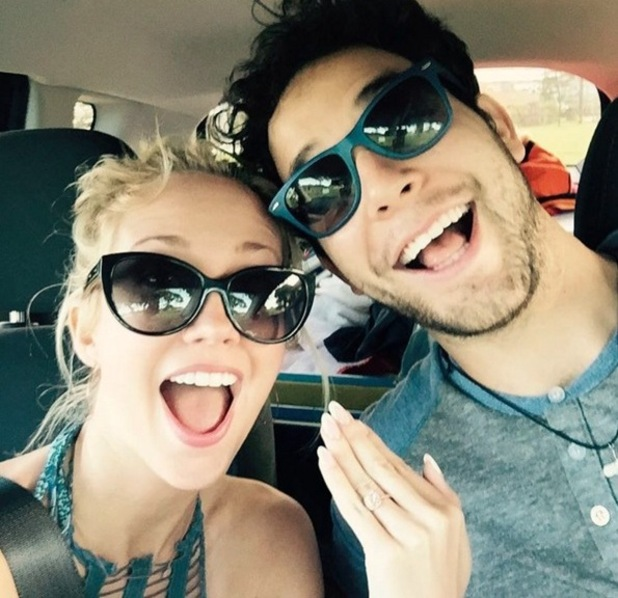 Pitch Perfect stars Anna Camp and Skylar Astin announce engagement 3 January 2016