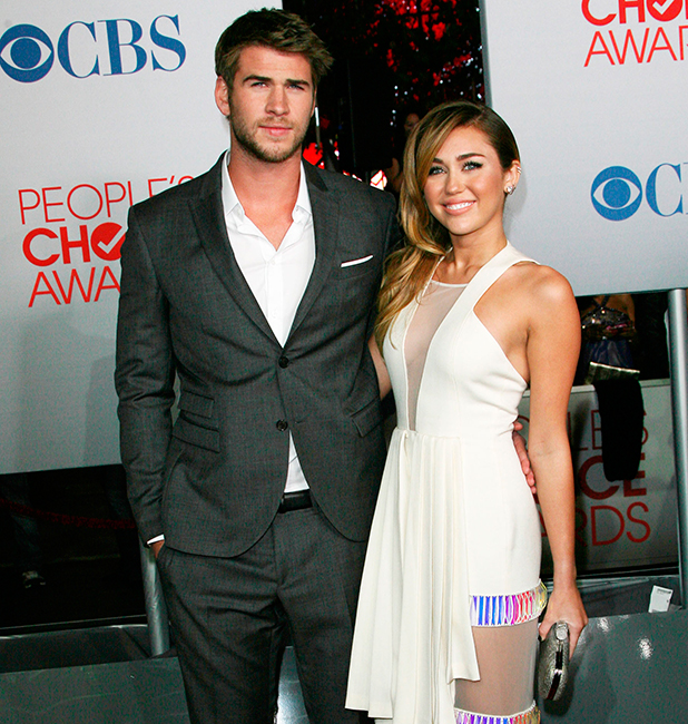 Miley Cyrus and Liam Hemsworth 2012 People's Choice Awards held at Nokia Theatre L.A. Live - Arrivals Los Angeles, California - 11.01.12