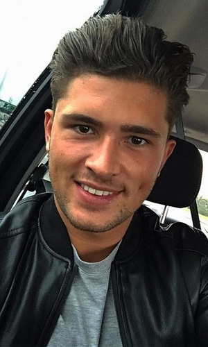 Magaluf Weekender and Ex On The Beach star Jordan Davies selfie, December 2015