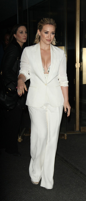 Hilary Duff wears white suit on The Today Show in New York, 12th January 2016