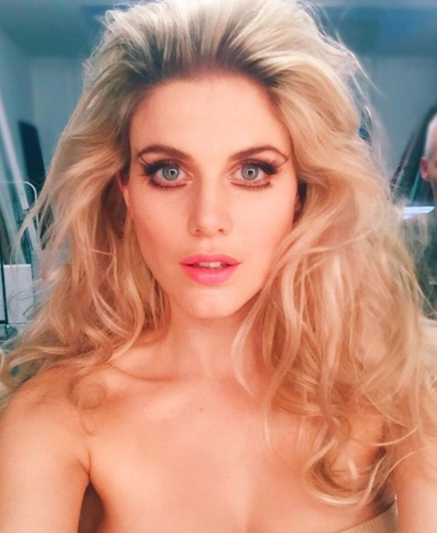 Ashley James shows off two sets of false lashes, behind-the-scenes on a photoshoot, 11 January 2016