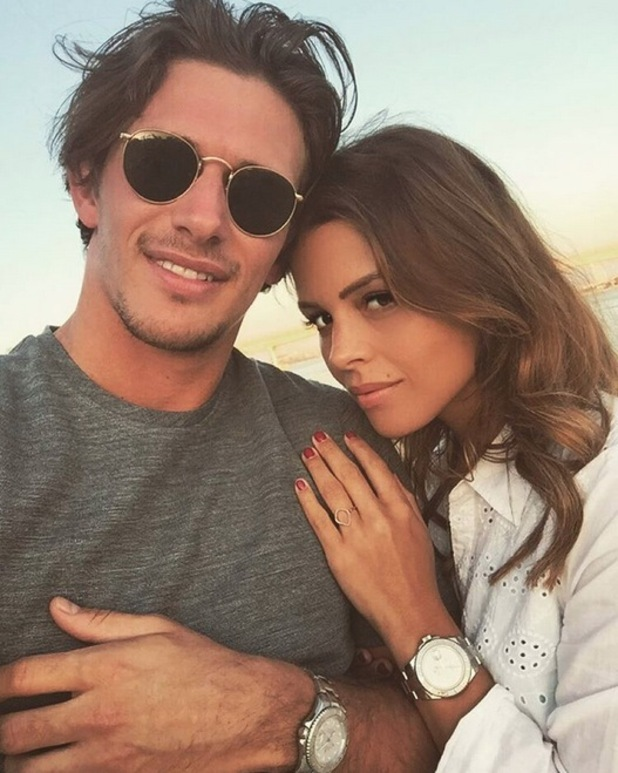 TOWIE's Chloe Lewis and Jake Hall on holiday in Dubai, 10th January 2016