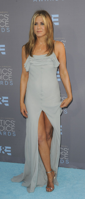 Jennifer Aniston wears blue dress to The People's Choice Awards in Los Angeles, 18th January 2016