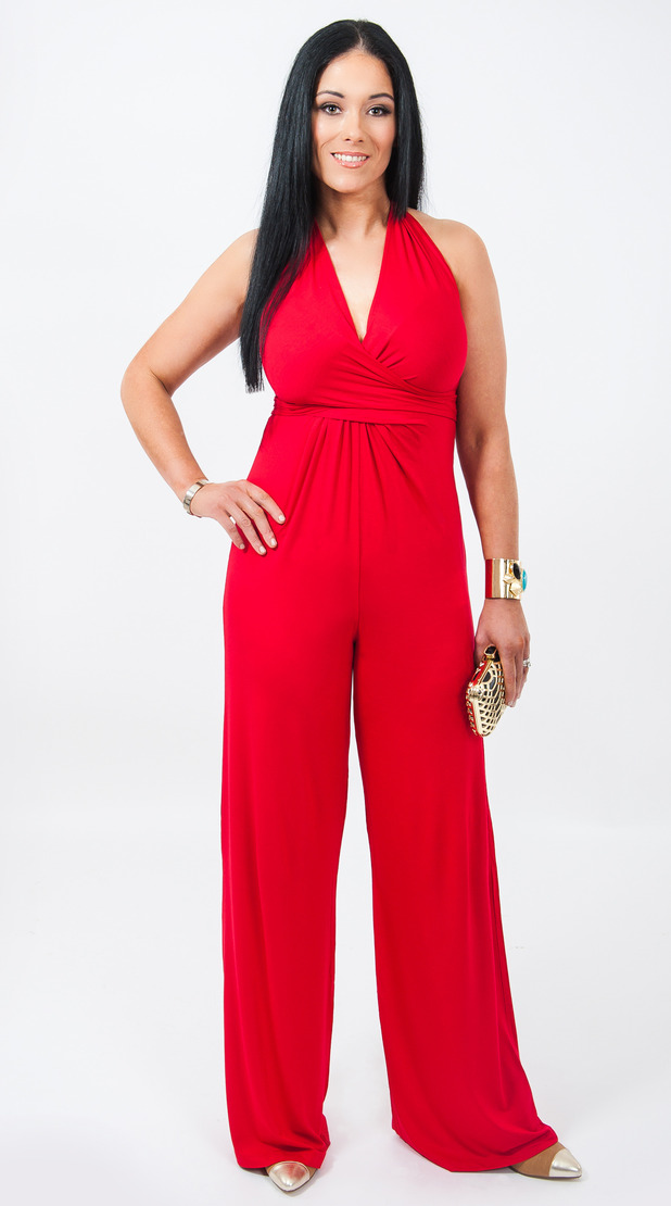 Clare Harbinson Slimming World booklet - lost 6st and looks like Kourtney Kardasian