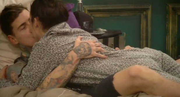 CBB Stephanie and Jeremy kiss in bed. 28 January 2016.