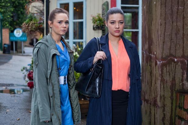 Hollyoaks, Lindsey tricks Kim, Thu 4 Feb