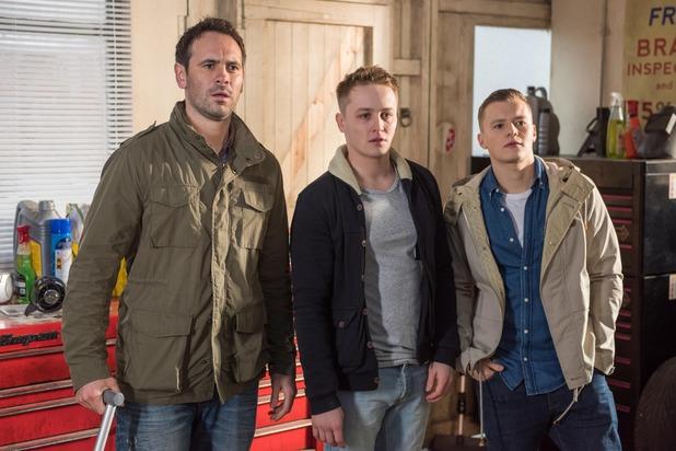 Hollyoaks, Joe, Jason, Robbie: Freddie's back, Tue 9 Feb
