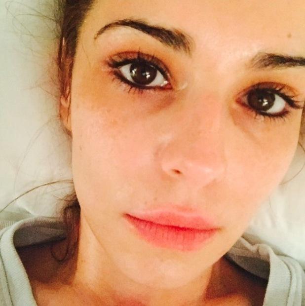 Cheryl Fernandez-Versini shares no make-up selfie on Instagram, 4th February 2016