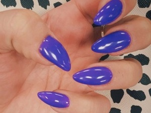 How-To: Copy Ferne McCann's vibrant violet nails in minutes