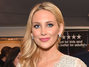 Get the look! MIC's Stephanie Pratt is oh-so-lovely in lace
