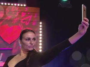 Nadia Sawalha channels her inner Kim Kardashian on Loose Women!