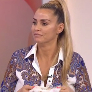 Katie Price and Loose Women remove make-up live on air 19 February 2016
