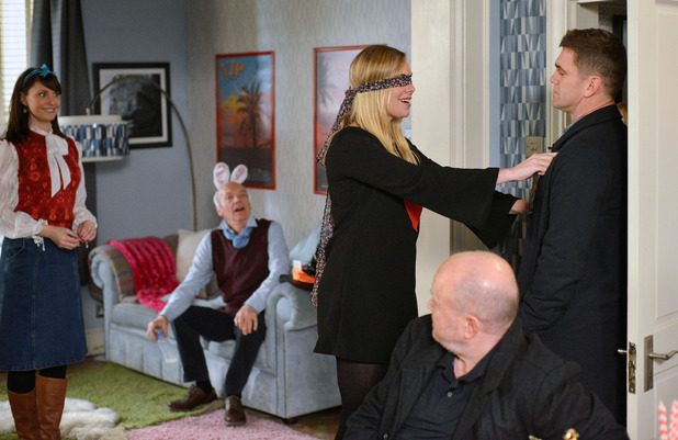 EastEnders, Ronnie gets a surprise, Tue 1 Feb