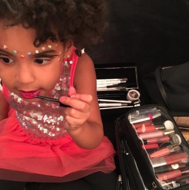 Blue Ivy raids Beyonce's make-up bag, Instagram, 9th March 2016