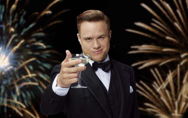 Olly Murs impersonates Leonardo DiCaprio as he recreates the party scene from The Great Gatsby to launch the Partying with Pringles competition. 16 March 2016.